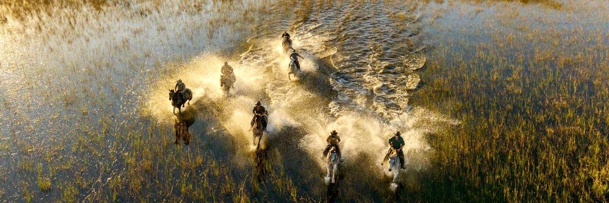 African-Horseback-Safaris-001.jpg