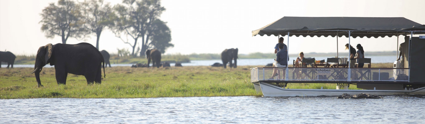 Chobe_under_canvas_Boating1.jpg