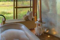 a-botswana-safari-at-andbeyond-xaranna-okavango-delta-camp-76.jpg.950x0.jpg
