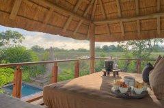 a-botswana-safari-at-andbeyond-xudum-okavango-delta-lodge-1.jpg.950x0.jpg