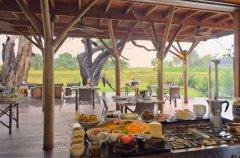 a-botswana-safari-at-andbeyond-xudum-okavango-delta-lodge-39.jpg.950x0.jpg