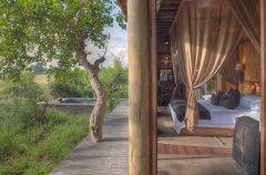 a-botswana-safari-at-andbeyond-xudum-okavango-delta-lodge-56.jpg.950x0.jpg