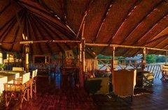Camp-Savuti-lodge-lounge-dining-pano2.jpg