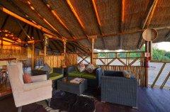 Camp-Savuti-lodge-lounge4.jpg