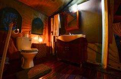 Camp-Savuti-tent-indoor-toilet.jpg