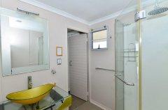 chobe-princess-bathroom-facilities_1.jpg