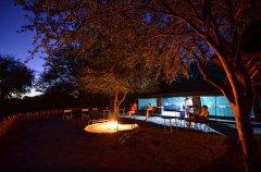 5-tuskers-bush-camp-boma5.jpg