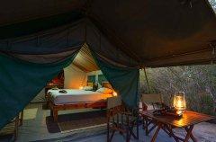 5-tuskers-bush-camp-tent4.jpg