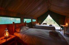7-tuskers-bush-camp-tent9a.jpg