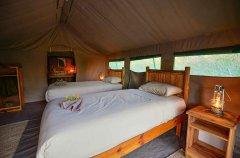 9-tuskers-bush-camp-tent9d.jpg