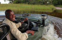 a-botswana-safari-at-andbeyond-xaranna-okavango-delta-camp-8.jpg.950x0.jpg