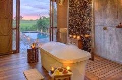a-botswana-safari-at-andbeyond-xudum-okavango-delta-lodge-54.jpg.950x0.jpg