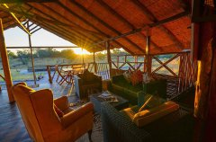 Camp-Savuti-lodge-lounge2.jpg