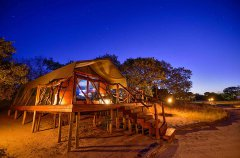 Camp-Savuti-tent-exterior-night.jpg