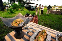 DubaExpeditionCamp-Food-Dining-GreatPlainsConservation-6.jpg