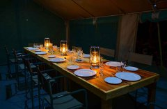 3-tuskers-bush-camp-dining-tent3.jpg