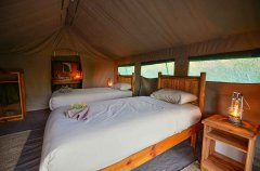 9-tuskers-bush-camp-tent9d.jpg
