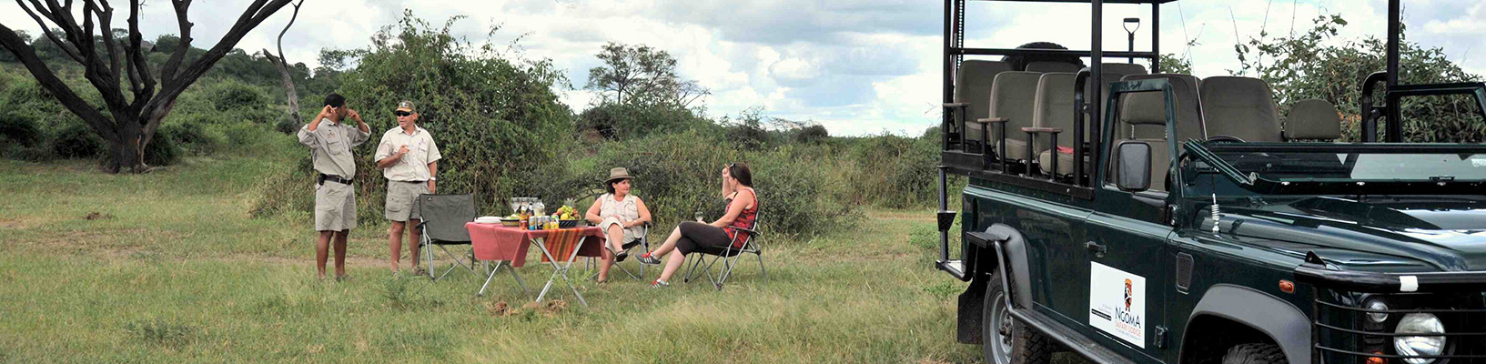 Drinks-on-an-Ngoma-game-drive-.jpg